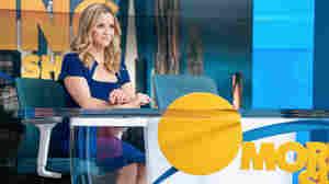 'The Morning Show' Recap, Season 2, Episode 1: She's Blonde Again!