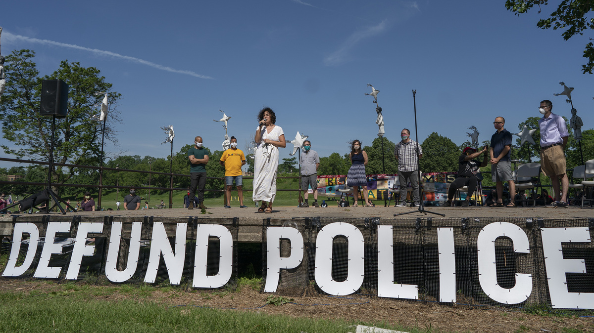 Minnesota Supreme Court clears Minneapolis police change poll question: NPR