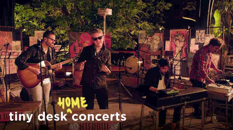 Diamante Eléctrico: Tiny Desk (Home) Concert