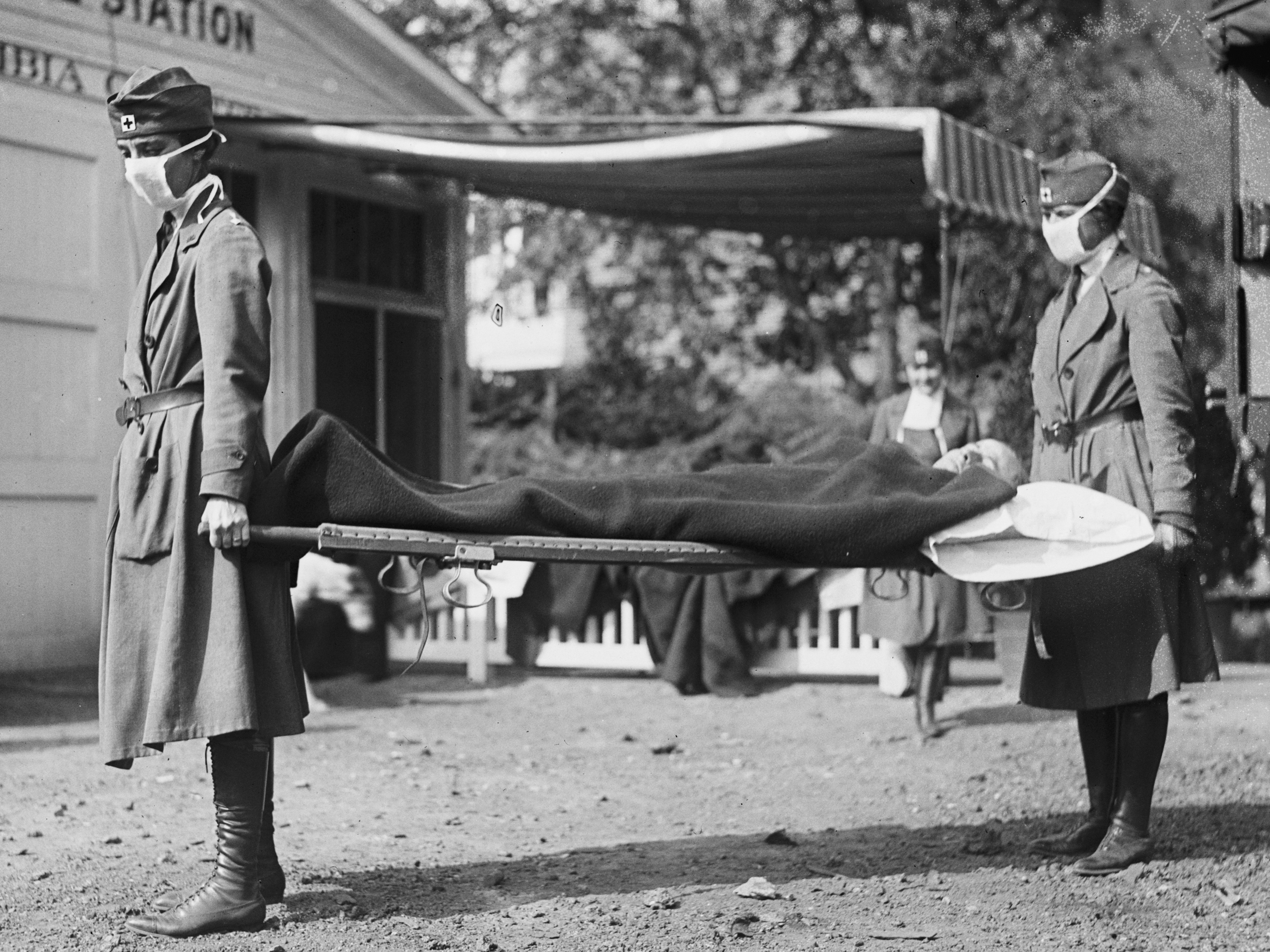 COVID-19 Has Now Killed About As Many Americans As The 1918-19 Flu ...