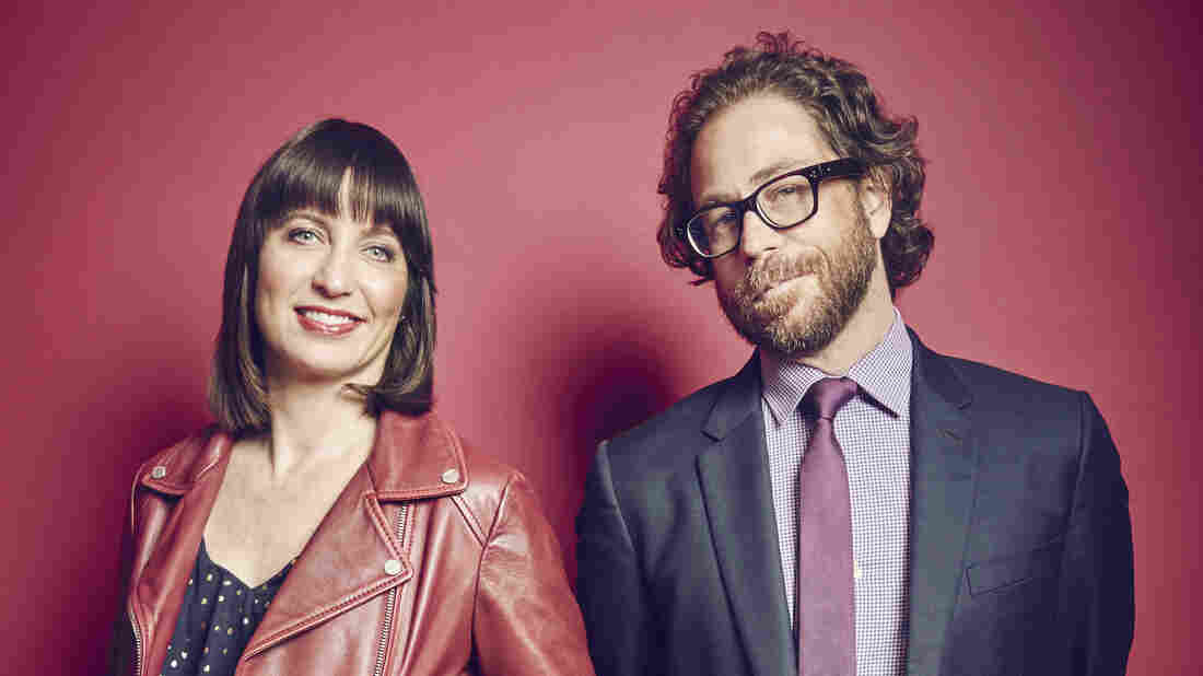 Ophira Eisenberg and Jonathan Coulton of NPR's Ask Me Another.