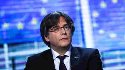 Former Catalan Leader Carles Puigdemont Detained In Italy, Lawyer Says