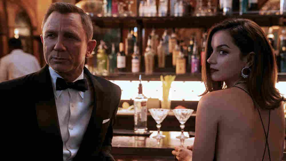 Daniel Craig outshines 'No Time To Die' in his final turn as James Bond