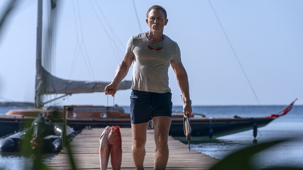 """In """"No Time to Die,"""" Daniel Craig shows us a James Bond who's gone fishing."""