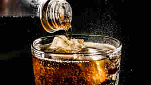 Diet soda may prompt food cravings, especially in women and people with obesity