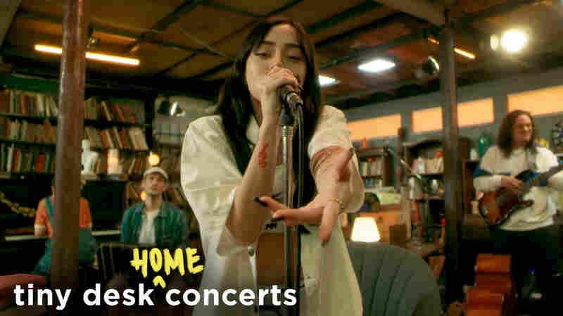 Nicki Nicole: Tiny Desk (Home) Concert