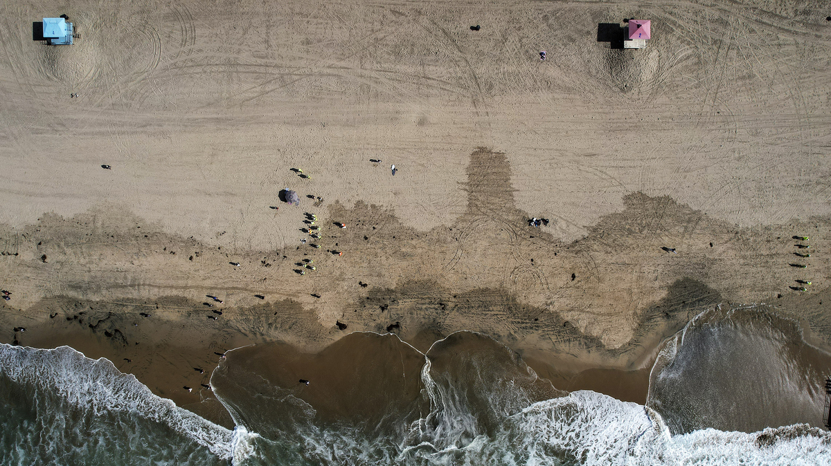 The California oil spill was around 25,000 gallons – a fifth of what officials feared: NPR