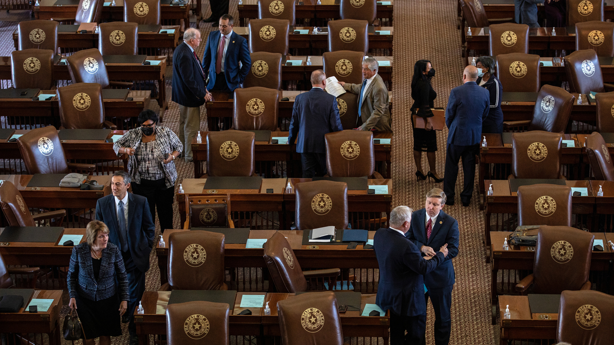Texas considers law that would ban COVID-19 warrants in state: NPR