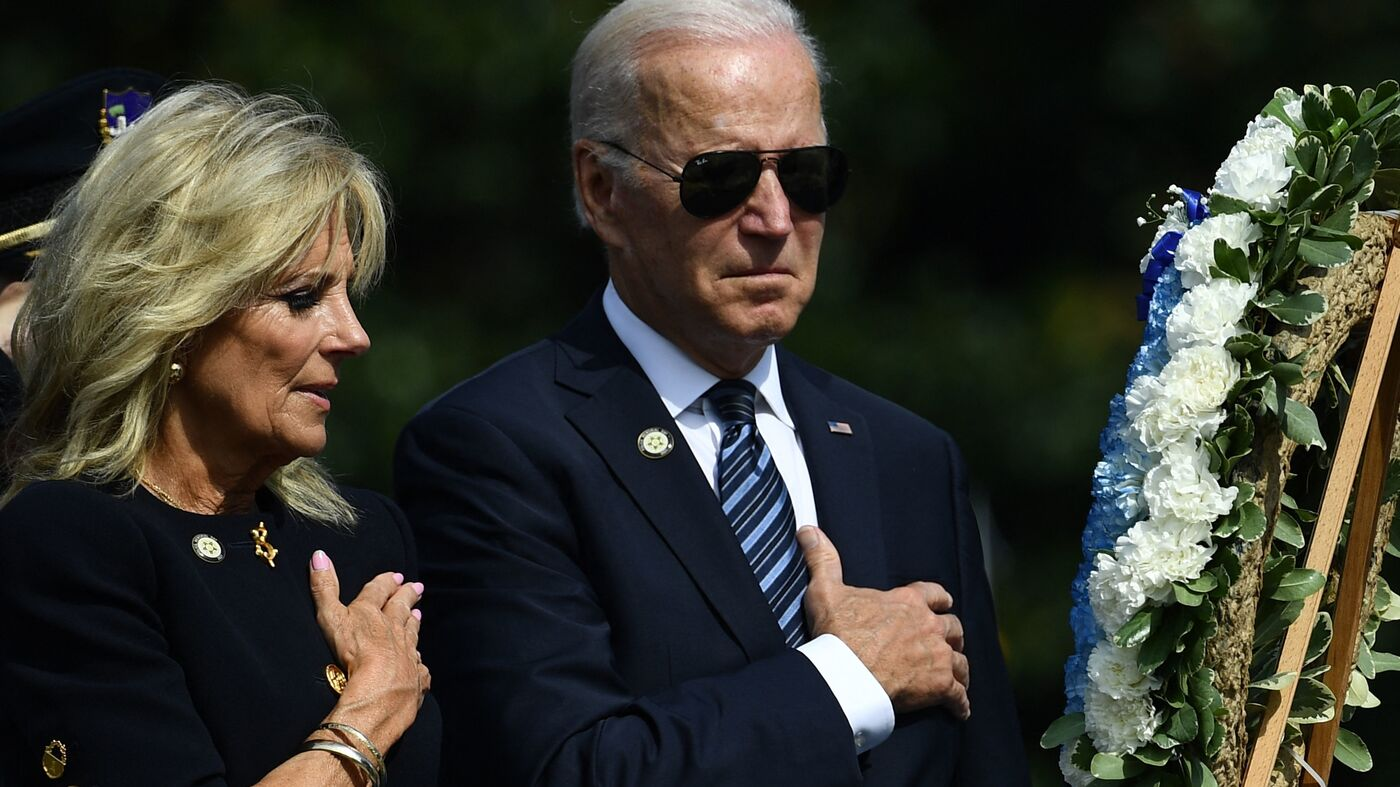 At a memorial ceremony for officers, Biden renews calls for police reform