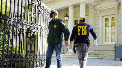 The FBI searched properties in Washington and New York linked to a Russian oligarch