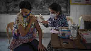 India crosses the milestone of 1 billion COVID-19 vaccinations