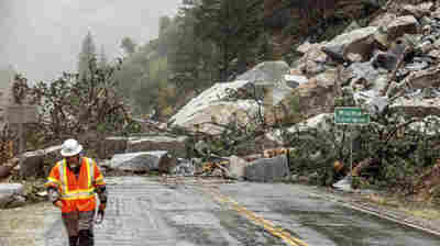 Powerful storm brings heavy rain, flooding and mud flows to Northern California