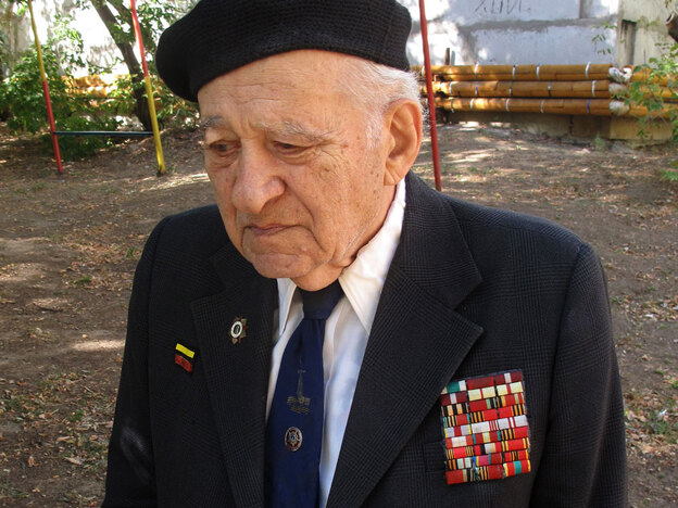 Gamlet Dallokian, 90, was a young lieutenant in the battle of Stalingrad. Of the 45 men in his unit, 42 were killed. Now, he is disillusioned with what Russia has become.