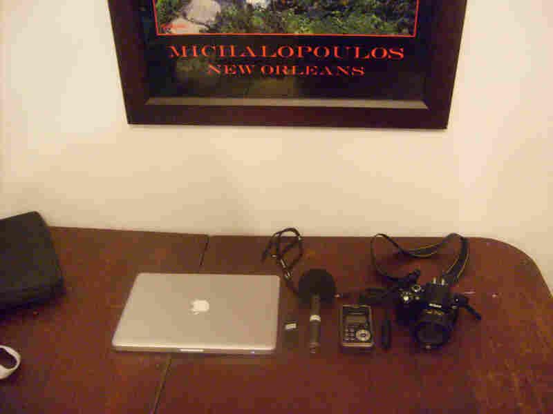 computer, camera, flash recorder
