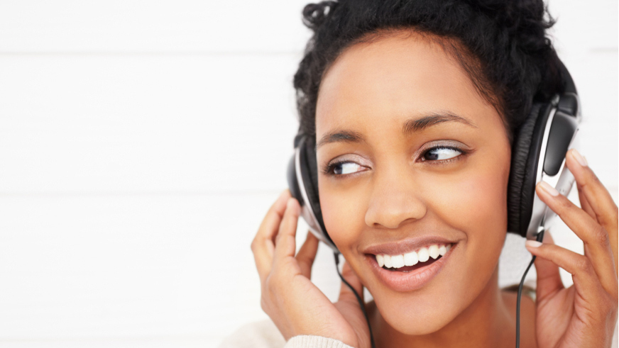 5 reasons for listening to music Here are five science-backed reasons why you should listen to music more often for most people, listening to music is an important, daily activity even though people know that music is soothing and healing, they might not know exactly how music affects the brain.