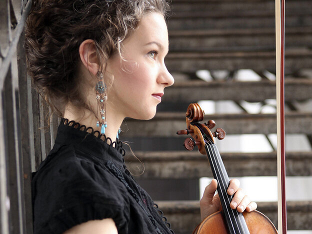 On her new CD, Hilary Hahn pairs off concertos old and new.