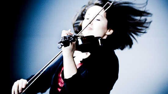 Best Musical Moments Of 2010: Tim Munro's Barefoot Fiddler
