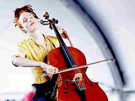 Zoe Keating; courtesy of the artist