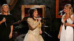 Loretta Lyn at the CMAs in November.