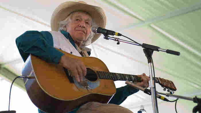Ramblin Jack Elliot performs at Newport Folk.