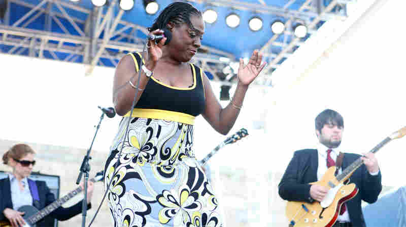 Sharon Jones And The Dap-Kings: Newport Folk 2010