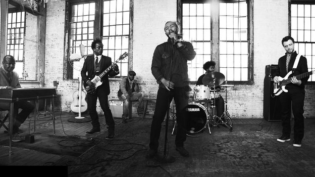 John Legend with The Roots