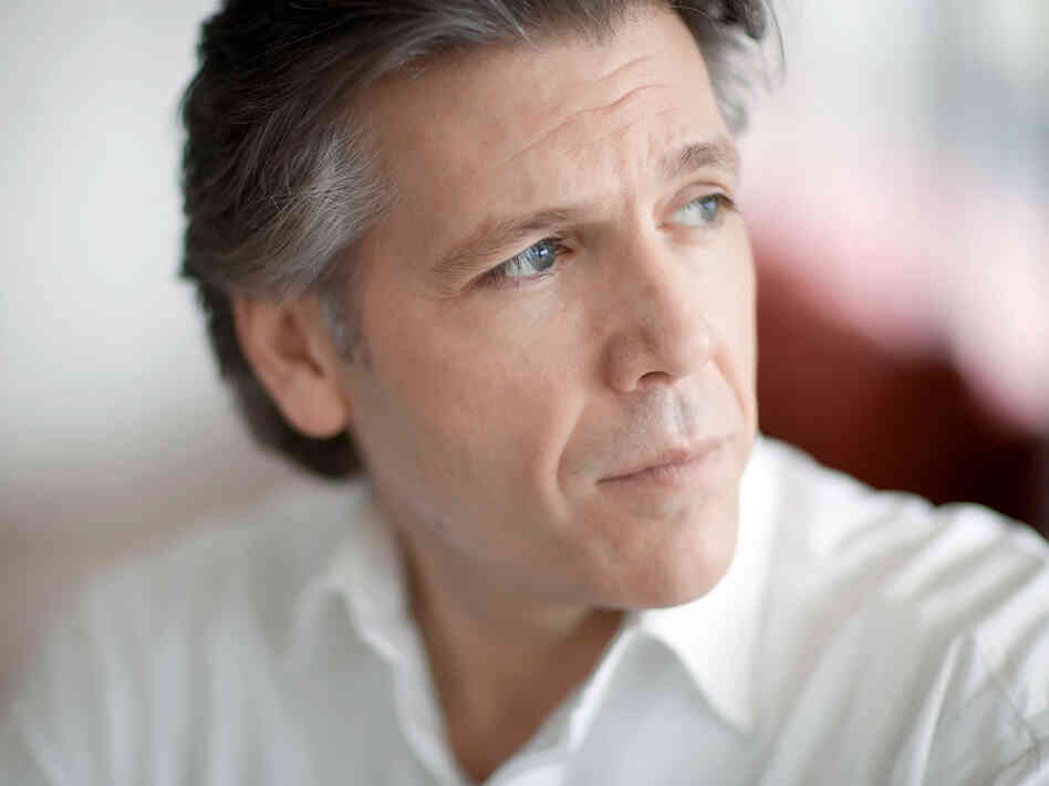 Baritone Thomas Hampson
