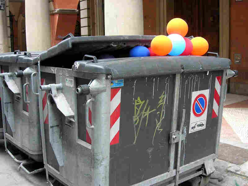 balloons in the Dumpster