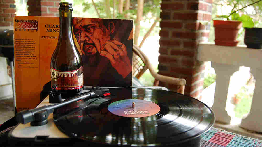 A Charles Mingus LP gets cozy with a Verdi Imperial Stout.
