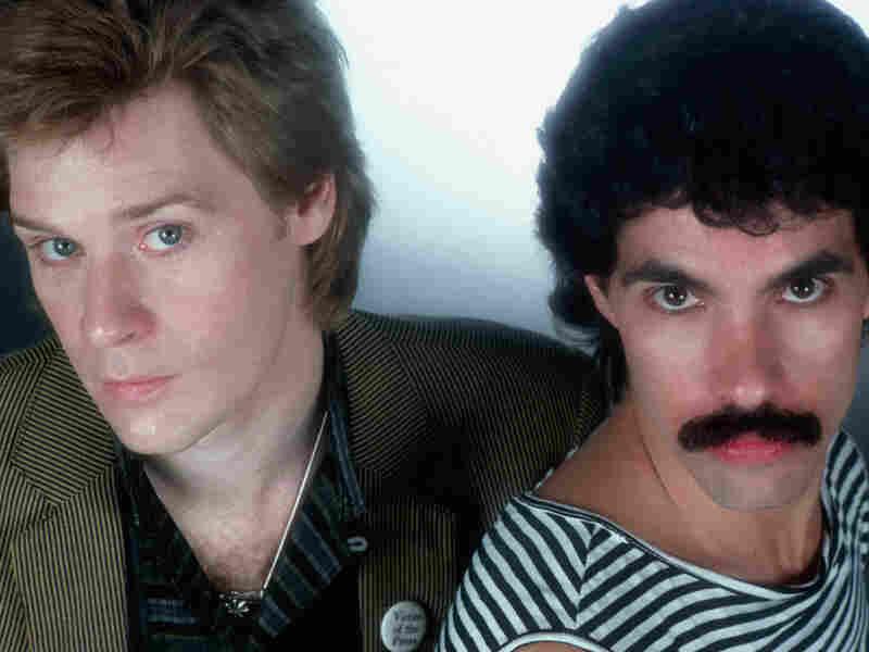 Daryl Hall and John Oates; credit: Lynn Goldsmith/Corbis
