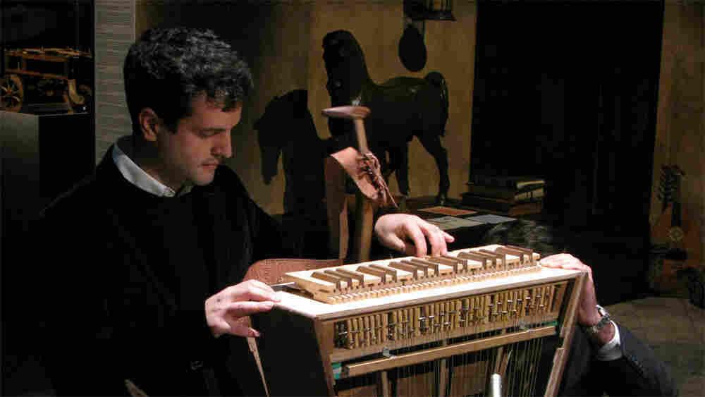 Edoardo Zanon built and plays the first modern harpsichord-viola.
