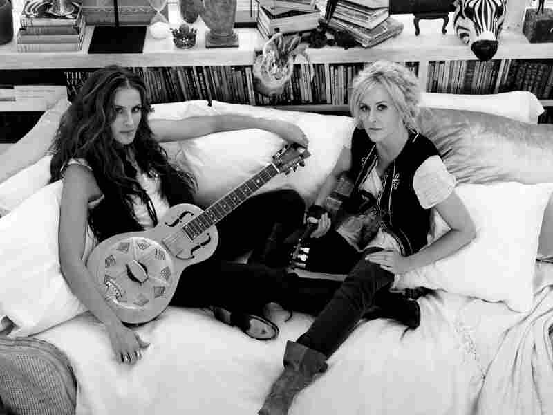 Emily Robison and Martie Maguire
