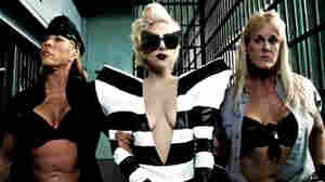 Gaga in Telephone Video