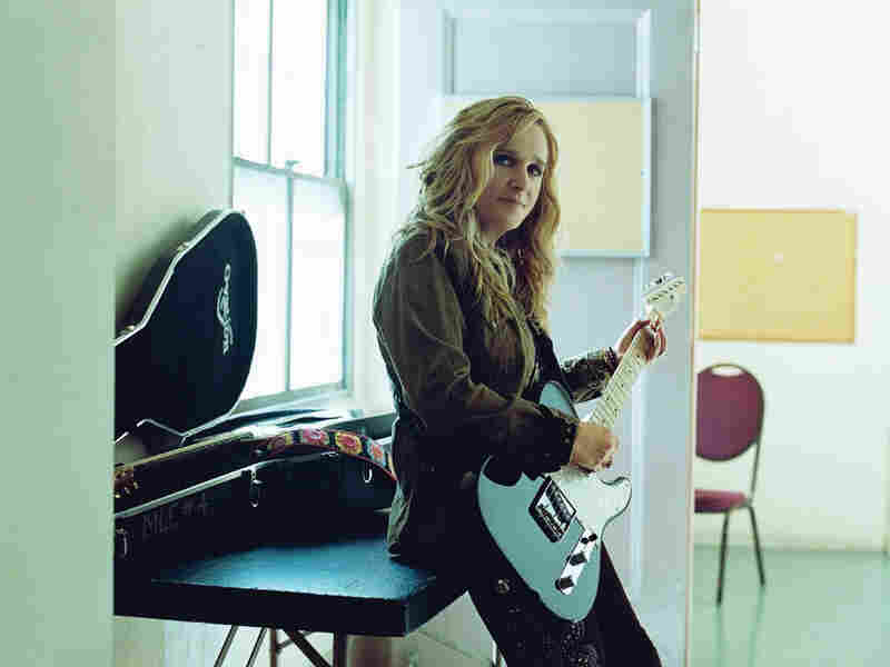 Melissa Etheridge; courtesy of Island Records