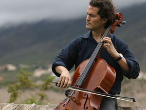 Zuill Bailey Plays His Cello
