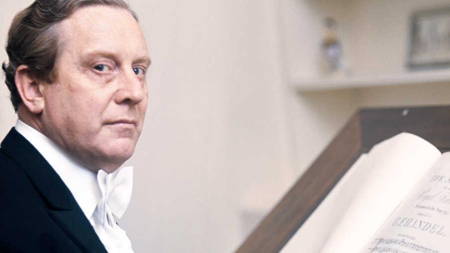 Conductor Charles Mackerras Dies At 84