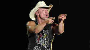 Kenny Chesney: Hemingway And Country Music