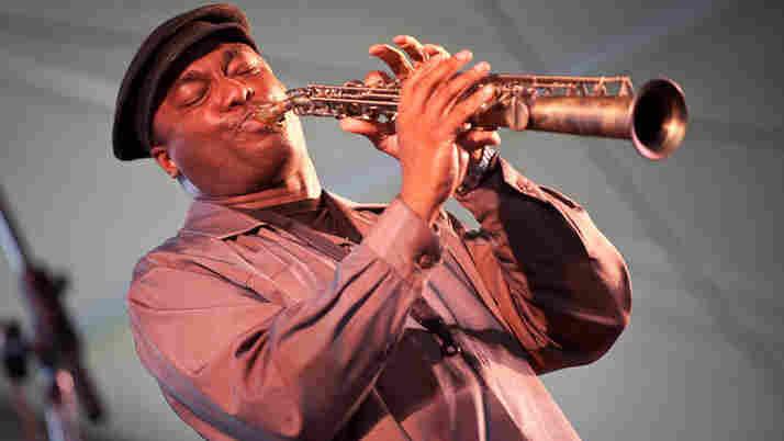 James Carter performs at Newport