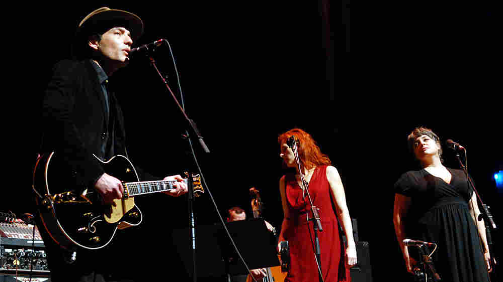 Jakob Dylan, Neko Case, Kelly Hogan performed on Mountain Stage.