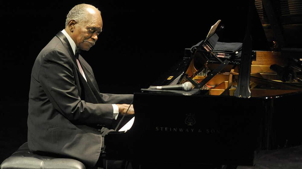 Hank Jones On Piano Jazz
