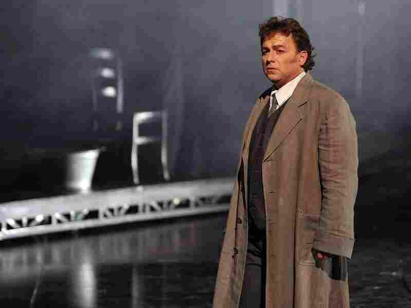 Tenor Marc Laho as Hoffmann