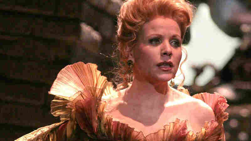 Renee Fleming Sings 'Lucrezia Borgia'