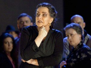"""Verdi's """"Il Trovatore"""" from Geneva"""