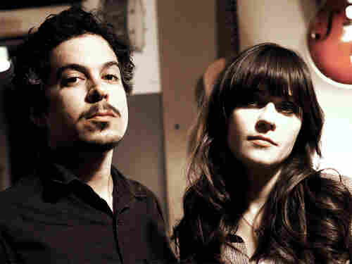 She and Him performs bright, dreamy songs from its latest album, <em>Volume Two</em>.