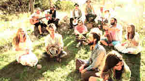 Edward Sharpe And The Magnetic Zeros: Kindness And Clamor