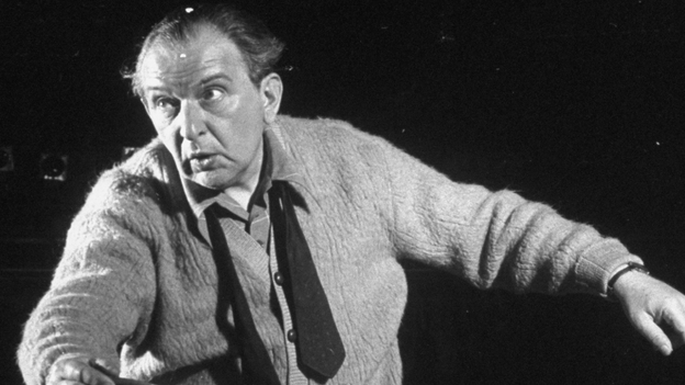Conductor Fritz Reiner at a 1950 rehearsal. (Getty Images)