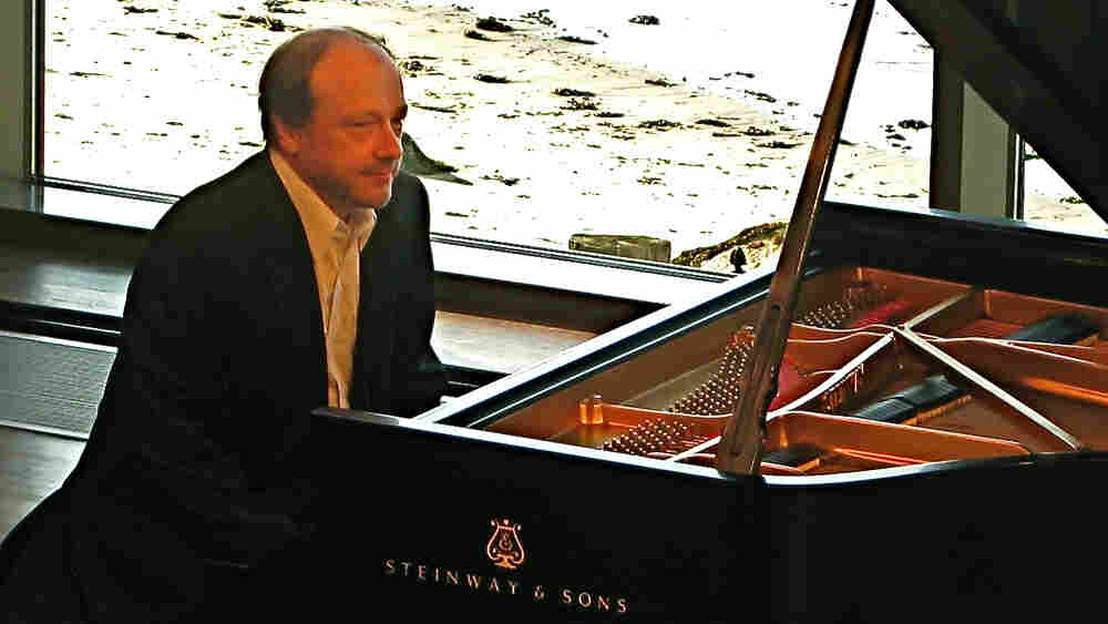 Pianist Marc-Andre Hamelin at the 2010 Rockport Chamber Music Festival