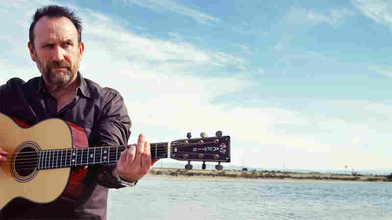 California Showers Colin Hay With 'Sunshine'