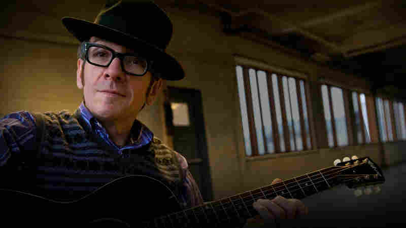 Elvis Costello: In Concert At Avatar Studios
