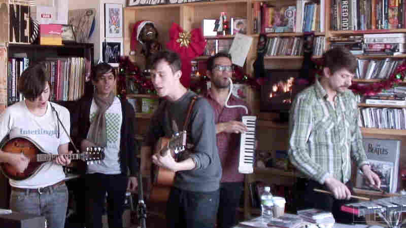Fanfarlo: Tiny Desk Concert